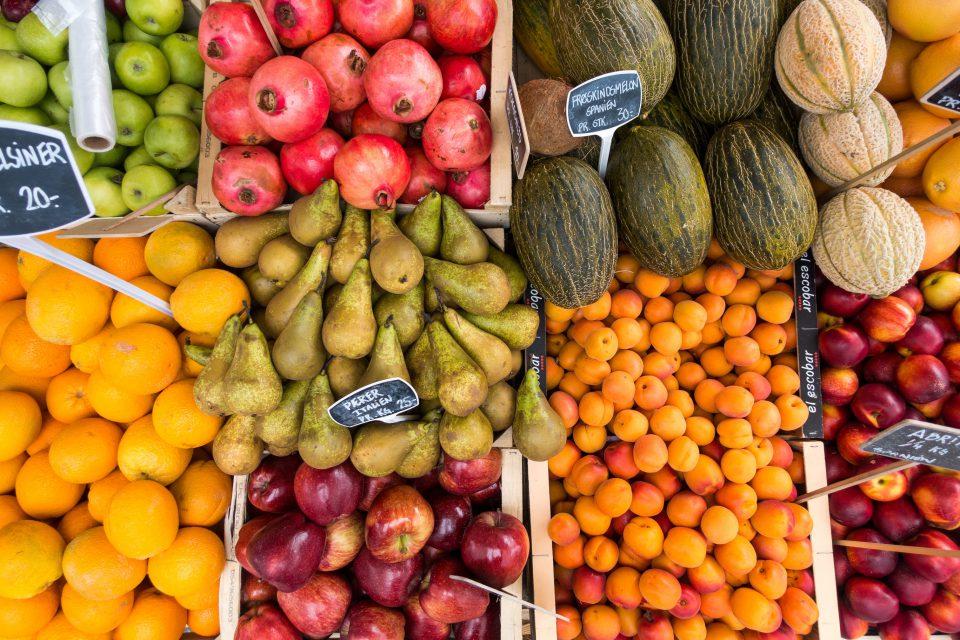 rsz_foodiesfeedcom_fresh-fruit-in-summer